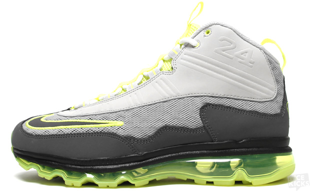 finest selection de55f be477 90s training and running meet 2011 s technology on this new Nike Air Max JR  offering. Sporting a colorway similar to the OG Air Max 95, this Ken  Griffey ...