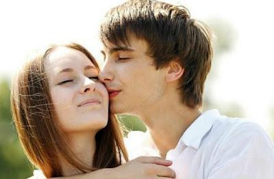 Hal yang Membuat Dia Merasa Istimewa Meski Tanpa Kata Cinta