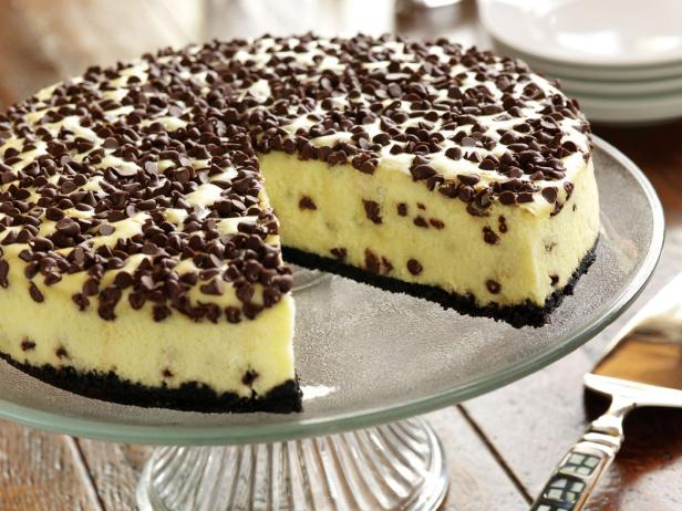 Eagle Brand® Chocolate Chip Cheesecake