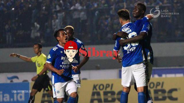Saling Serang, Namun Maung Bandung Berhasil Unggul Skor 3 - 4 Kemenangan Persib Atas Persebaya