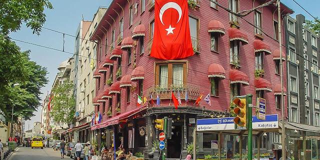 Τουρκία: Συλλαμβάνονται 295 στελέχη των ενόπλων δυνάμεων