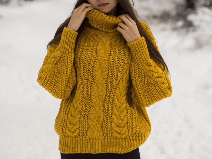 sweter%2Bz%2B%25C5%2582adnym%2Bsplotem.j