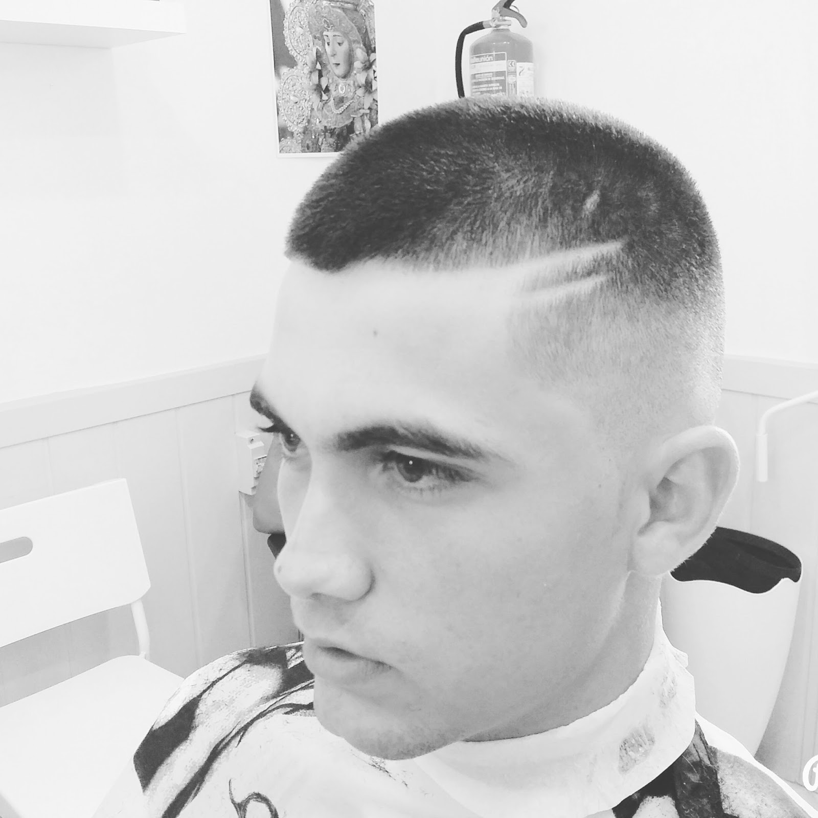 Peluquer a caballeros nuevo estilo nuevos cortes con - Nuevo estilo peluqueria ...