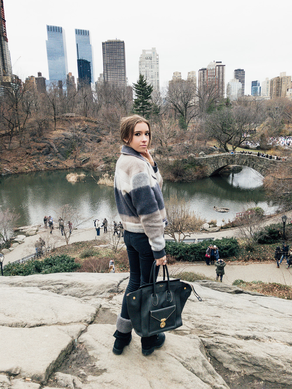 Step Inside My Closet - Central Park On The Rocks / Rag & Bone, Lovers + Friends, JustBlack, UGG, Celine, outfit ideas,