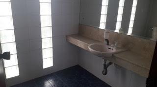 kamar mandi 3