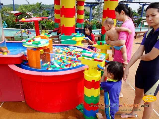 DUPLO Splash Safari