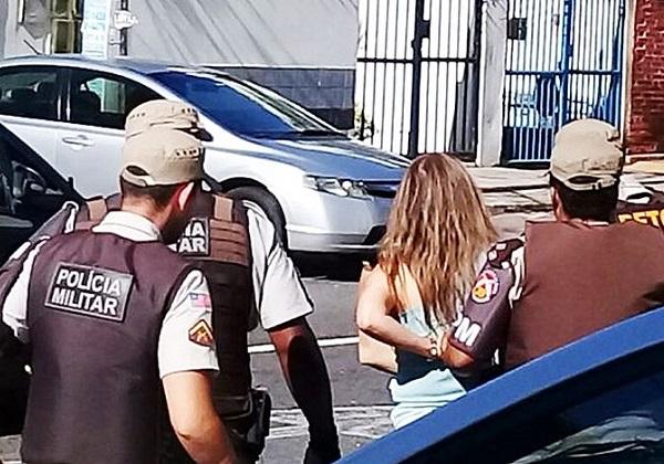Mulher é presa após se recusar a ser atendida por negros (Foto: Reprodução: Correio)