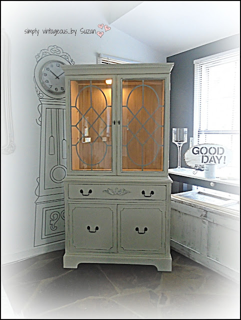ASCP OLD WHITE & PARIS GREY PAINTED HUTCH