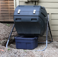Photo of a Lifetime compost tumbler. https://trimazing.com/