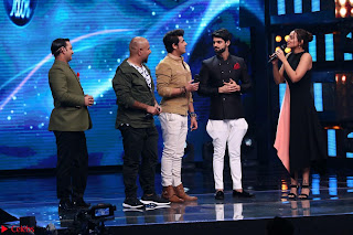 Sonakshi Sinha on Indian Idol to Promote movie Noor   IMG 1524.JPG