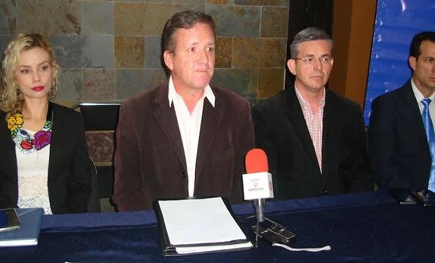 """Bomberos arrestados en Mérida son """"dos auténticos presos políticos"""", según vocero del Foro Penal"""