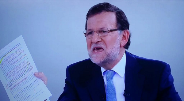 "Un gobierno ""irresponsable"" ¿no es una dictadura legal?, de Rajoy"