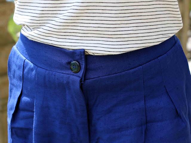 décalae de la ceinture sur le devant du short