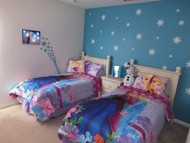 Themed Girls Bedroom Frozen