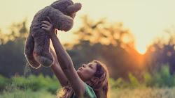 The Girl with Teddy Bear 4K