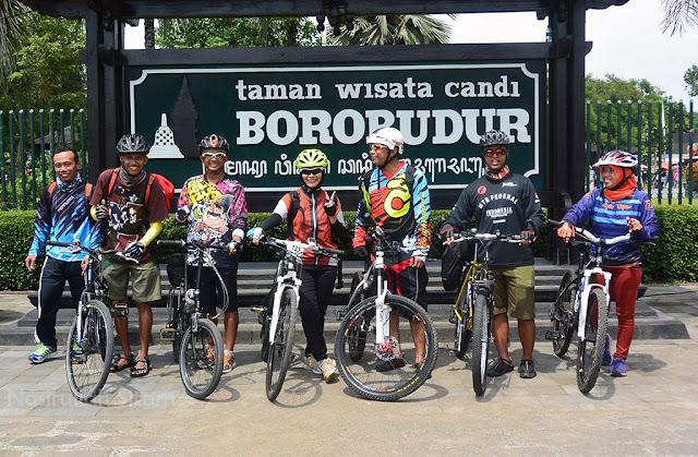 Foto di taman Borobudur