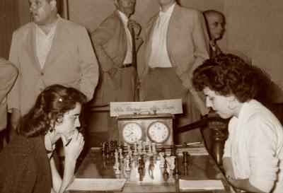 IV Campeonato de España de Ajedrez Femenino Valencia 1955, partida Borao-Puget