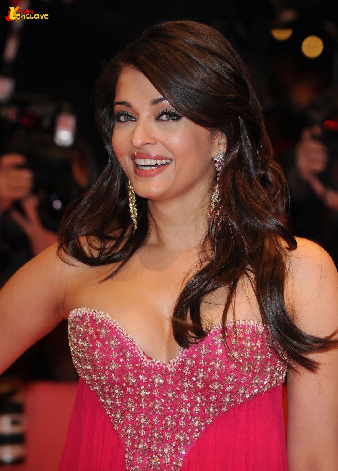 Aishwarya Rai hot Picture Gallery ~ Latest Bollywood News