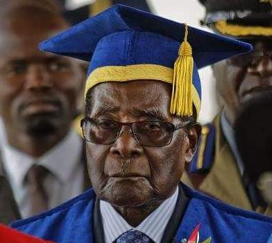 Robert Mugabe makes first public appearance since military takeover (photos)