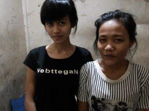 Dua wanita yang ikut diamankan bersama tersangka