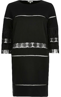 https://ad.zanox.com/ppc/?36459306C76146881&ulp=[[http://www.riverisland.fr/women/sale/tops/black-fringed-embroidered-tunic-dress-676931?cmpid=af_Zanox_FR]]
