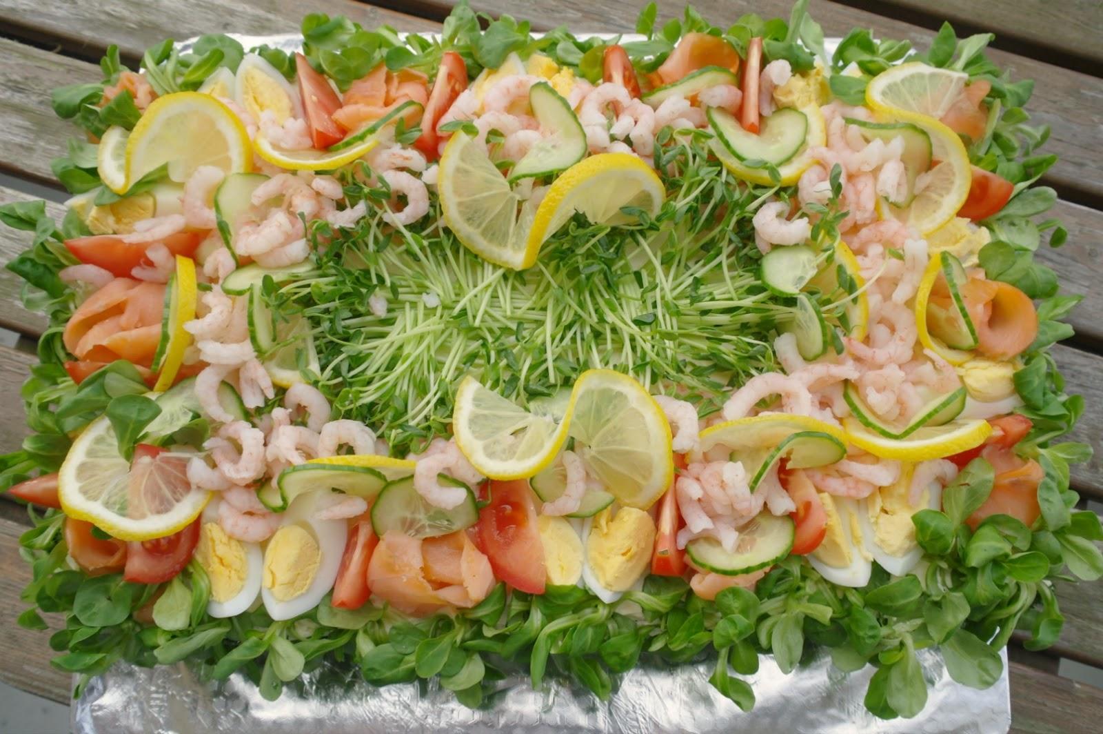 recept smörgåstårta räkor lax tonfisk