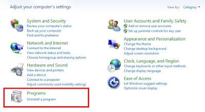 Kemudian pada opsi Adjust your computer's settings, Sobat pilih Uninstall a program.