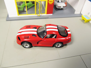 Matchbox red white stripe Dodge Viper GTS