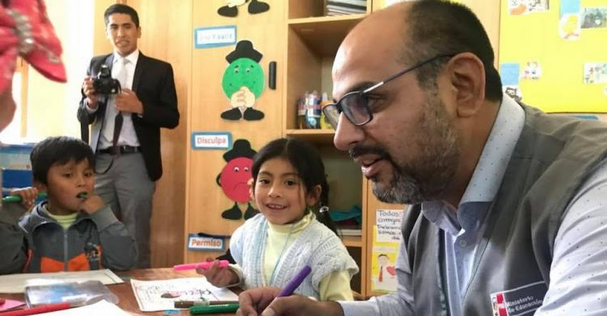 MINEDU está implementando un nuevo Currículo Escolar, informó el Ministro Daniel Alfaro [VIDEO] www.minedu.gob.pe