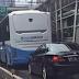 Mobil Mensesneg Terobos Busway