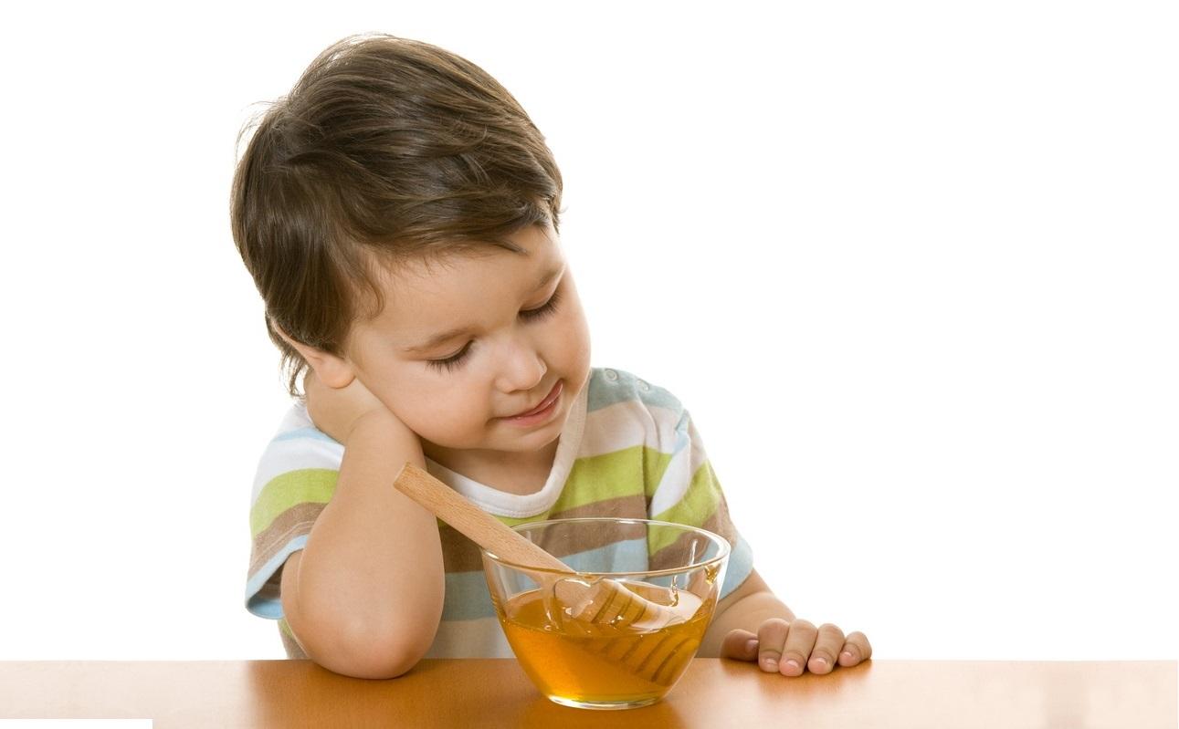 Mật ong - Nên hay không dùng cho trẻ sơ sinh?