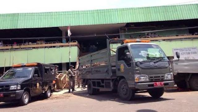 Pemkot Surabaya Tertibkan Pasar Keputran