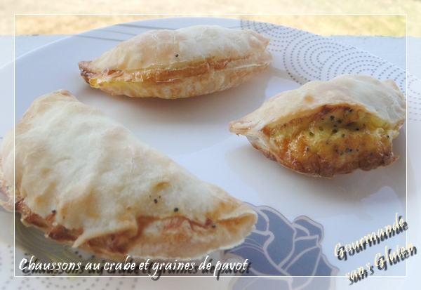 Chaussons au crabe et graines de pavot