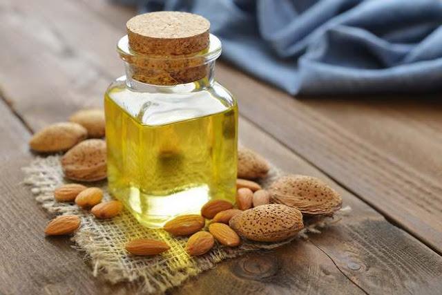 minyak almond untuk rambut