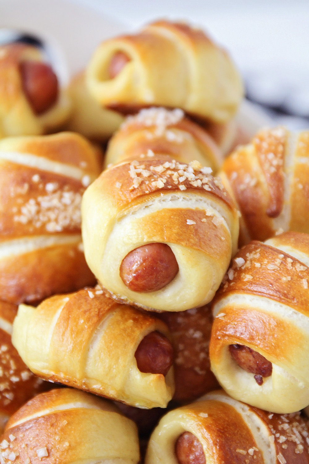 These adorable and easy to make mini pretzel dogs are the perfect appetizer!