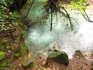 Borbollones del Rio Celeste en Costa Rica