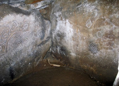 5,000-year-old carvings on Irish cairn record eclipse