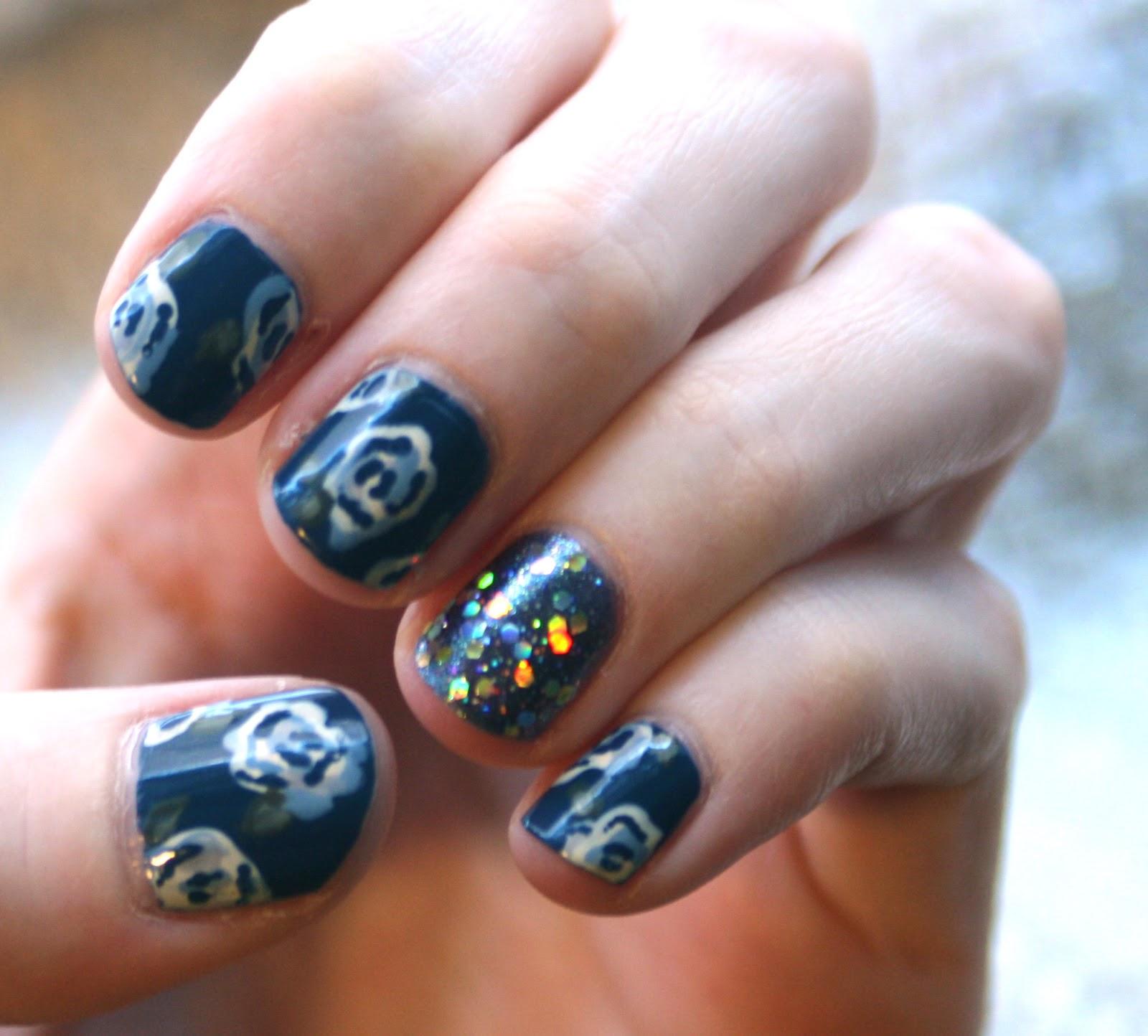 Nail Art Blue Floral: Evlady: Nail Art