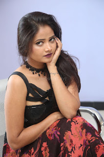 Shriya Vyas in a Tight Backless Sleeveless Crop top and Skirt 116.JPG