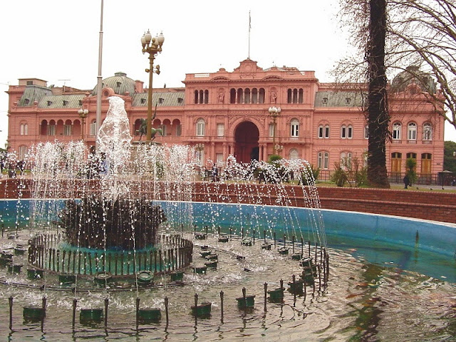 Plaza de Mayo em Buenos Aires no mês de setembro