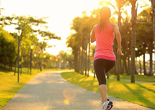 25 Tips Mengecilkan Perut setelah Melahirkan dengan Cepat