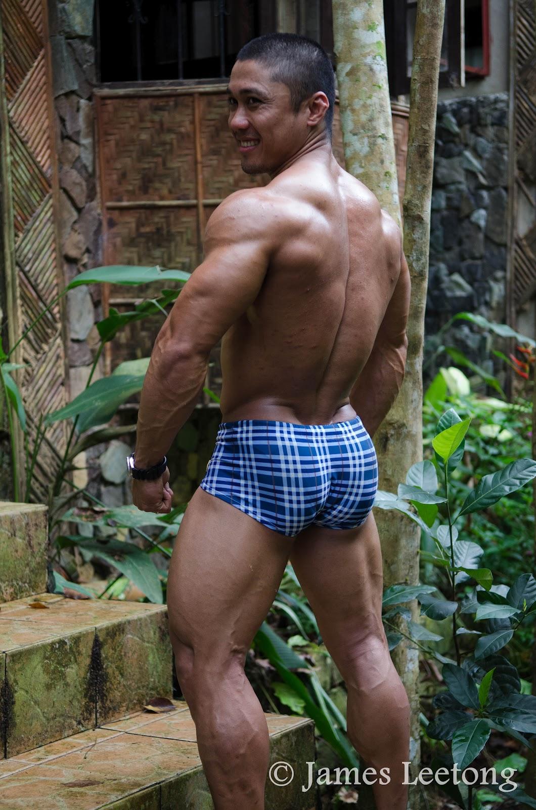 Nude filipino bodybuilder