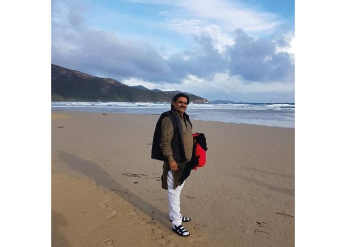 Mayabhai Ahir Travelling