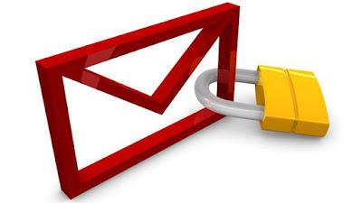 El correo electrónico es una de las vías más frecuentes de entrada de virus a nuestros ordenadores. Por este motivo, la compañía de soluciones de software de seguridad Eset ha propuesto un decálogo de buenas prácticas que nos permitirán protegernos contra el robo de contraseñas, los timos y las infecciones de nuestros equipos. 1. No ejecutar los archivos adjuntos que provengan de remitentes desconocidos. 2. De la misma forma, evitar hacer clic en los enlaces incrustados en los correos que provienen de desconocidos o direcciones no confiables. 3. Los bancos nunca piden información confidencial por e-mail. Un engaño muy frecuente
