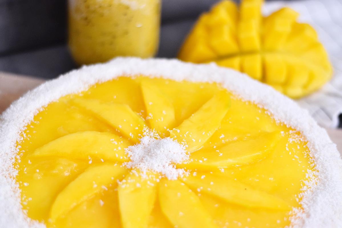 Mango-Maracuja-Cheesecake mit Kokos