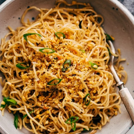 CRAZY GOOD QUICK GARLIC NOODLES #HealthyDinner  #Recipes