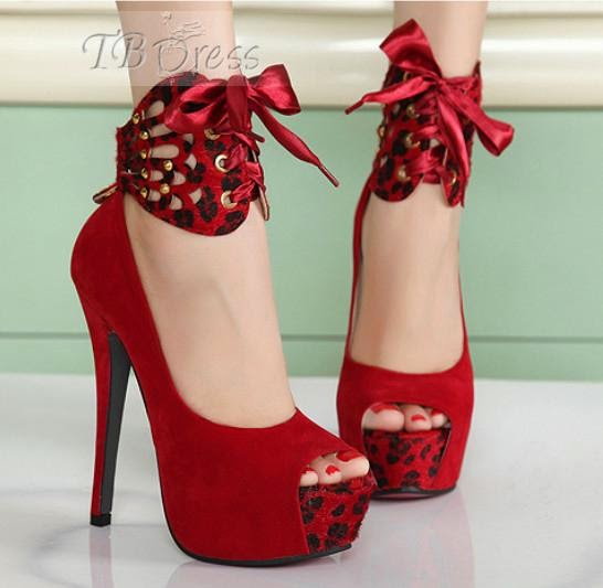 http://www.tbdress.com/product/Newest-2012-Fall-Platform-Stiletto-Heel-Peep-Toes-Wedding-Shoes-9651734.html