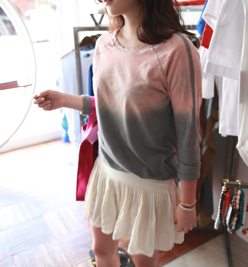 Gradient Toning Raglan T-Shirt