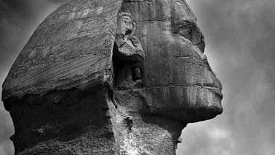 Alien tomb in the Sphinx of Egypt and opening behind it's ear.