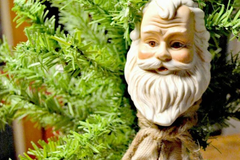 Rag Tag Santa Tassel